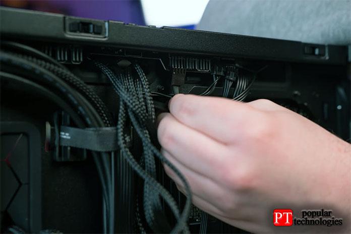 Подключить кабели