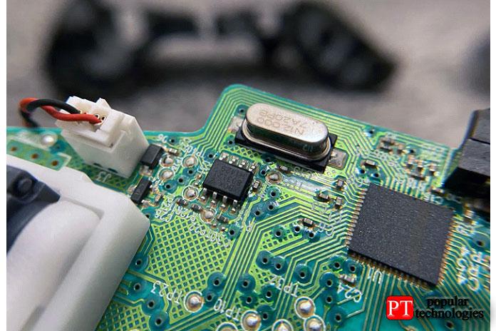 Втаких контроллерах необходимо управлять множеством сигналов