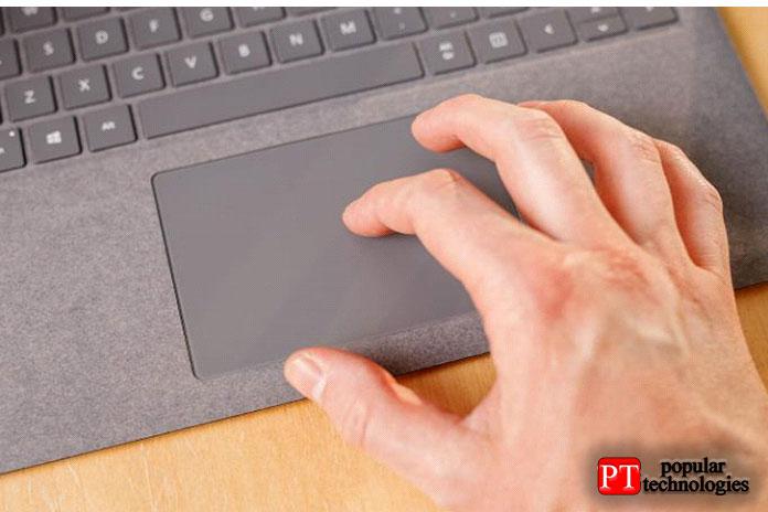 Единственное, чего выненайдете вноутбуке4, так это сканера отпечатков пальцев
