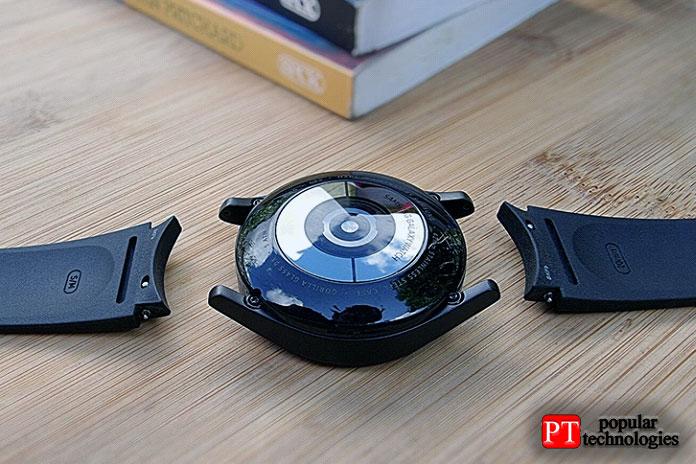 Вытакже неограничены запатентованными быстросъемными ремешками Samsung