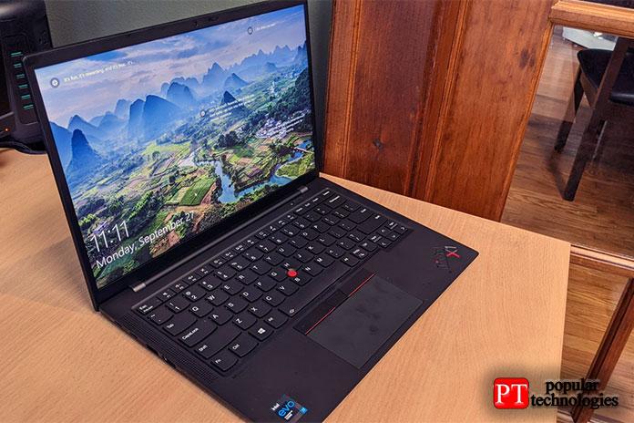 ThinkPad X1Carbon (Gen9) обладает классическим дизайном